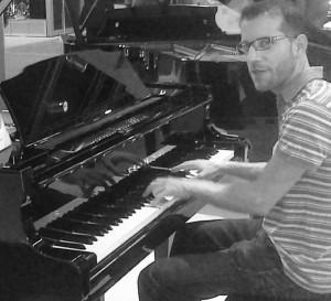 Roberto Mateos byn Compositor y piano